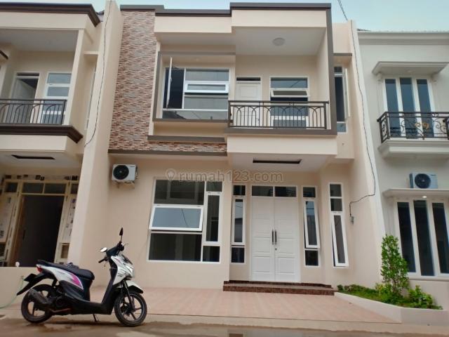 Rumah cluster baru asri tenang siap huni,jakarta selatan, Jagakarsa, Jakarta Selatan