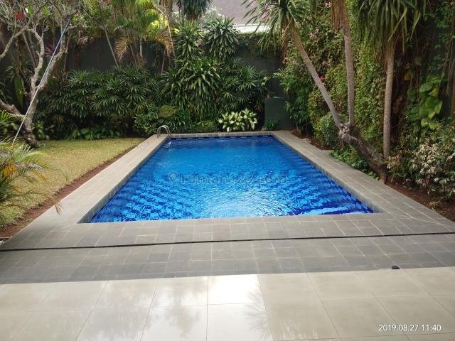 Rumah Siap Huni di Kemang Dalam, Jakarta Selatan ~ Furnished ~ Swimming Pool, Kemang, Jakarta Selatan