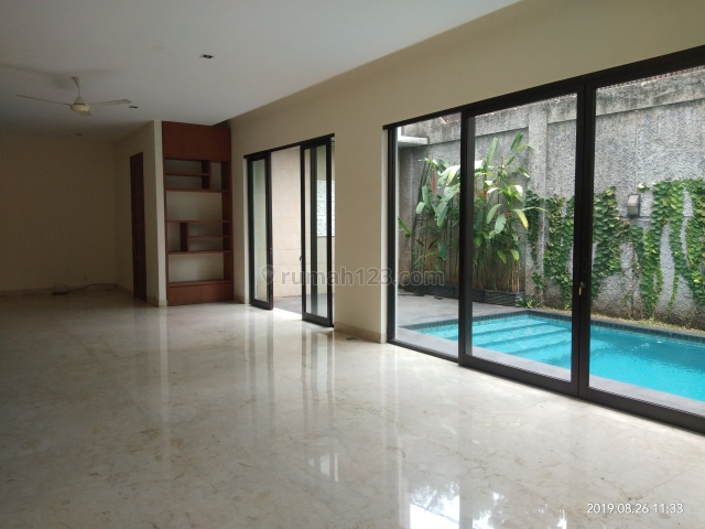 Rumah 2 Lantai di Kemang Barat, Jakarta Selatan ~ Furnished ~ Pool, Kemang, Jakarta Selatan