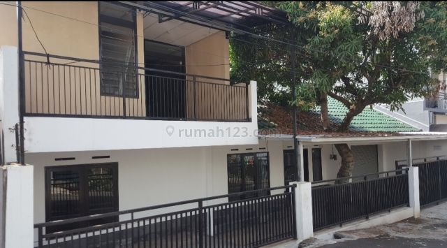 Siap Huni Daerah Turangga Pusat Kota Ada Balkon Luas, Turangga, Bandung
