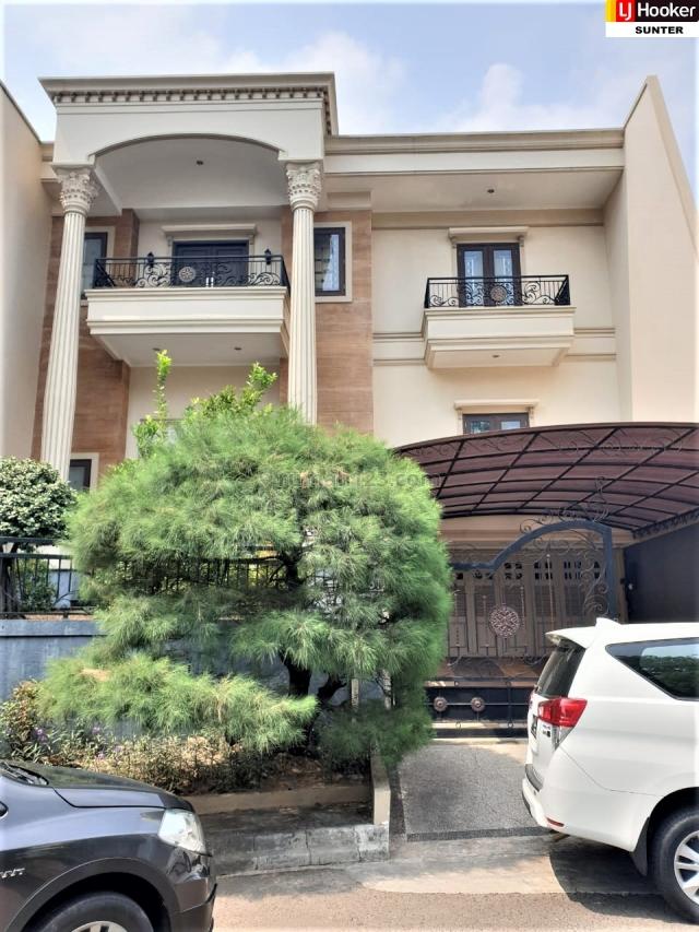 RUMAH MINIMALIS CLASSIC PURI JIMBARAN  ANCOL HARGA DIBAWAH NJOP, Ancol, Jakarta Utara