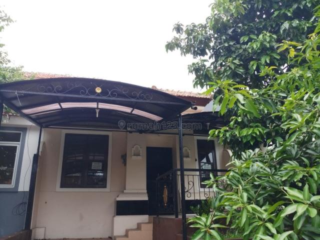 Di Jalan Gilimanuk 7 Taman Lembah Hijau Lippo Cikarang, Cikarang Selatan, Bekasi