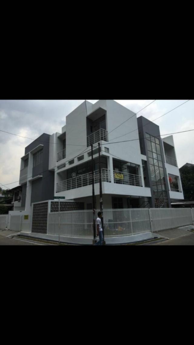 Rumah Baru Minimalis, Pondok Indah, Jakarta Selatan