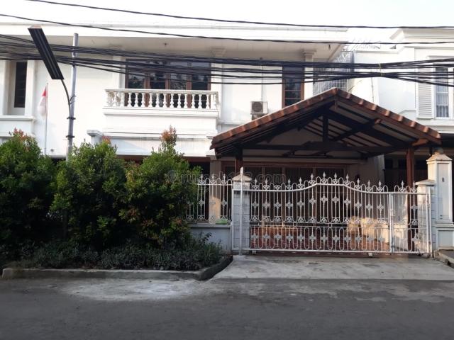 Rumah Siap Huni Janur Hijau , Jalan lebar , 16X20m , Selatan ,SHM, Kelapa Gading, Jakarta Utara