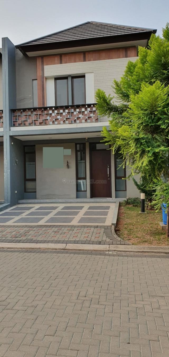 rumah cantik di lokasi prime BSD, BSD, Tangerang