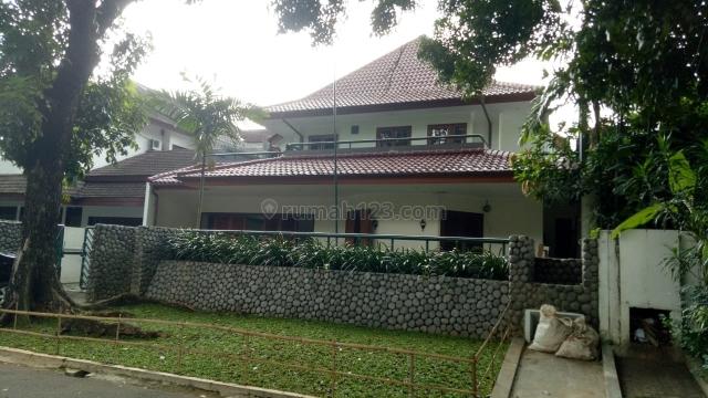 RUMAH DI DAERAH PONDOK INDAH, Pondok Indah, Jakarta Selatan