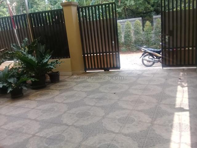 RUMAH CANTIK SIAP HUNI DALAM KOMPLEK DI CIPADU TANGERANG, Cipadu, Tangerang