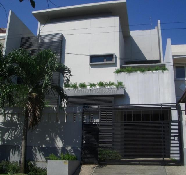 Rumah bagus di taman Grisenda, Kapuk, Jakarta Utara