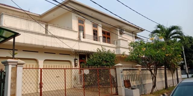 Rumah terawat di Pondok Indah,S.Pool,Lingkungan Nyaman dan tenang,dkt Mal dan RS Pdk Indah,Pondok Indah Jakarta Selatan, Pondok Indah, Jakarta Selatan