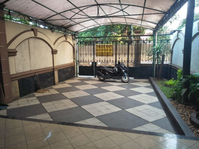 Rumah cilandak jakarta selatan, Cilandak, Jakarta Selatan