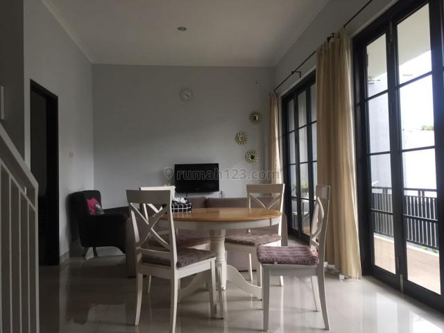 Rumah dalam town house di kp utan Ciputat,dekat degan Bintaro,dekat dengan Rempoa, dekat kampus UIN, lt 230, lb 170, kt 3+1 km 3+1, Kampung Utan, Tangerang