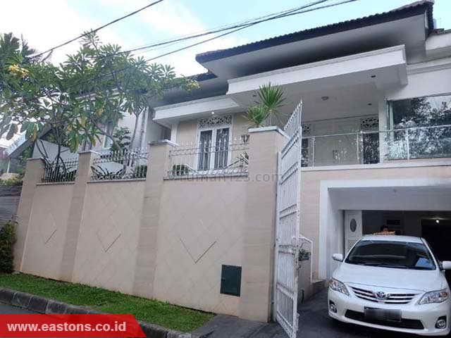 Rumah Full Furnished Lingkungan Aman & Nyaman (PD008763), Pondok Indah, Jakarta Selatan