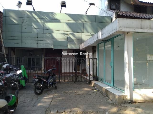 Rumah Di Jalan Raya Tubagus Ismail CCk/u Semua Usaha, Tubagus Ismail, Bandung