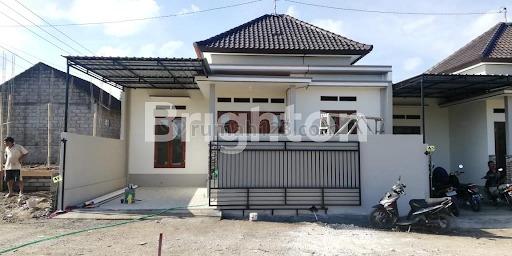 DP & CICILAN RINGAN! RUMAH BARU CANTIK DAN ASRI DI DEKAT PUSAT KOTA, Kediri, Tabanan