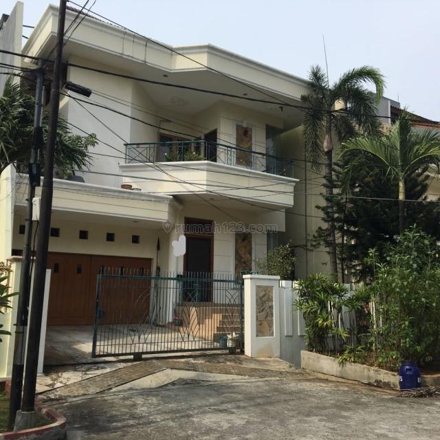 Rumah Kokoh Dikomplek Elit, Pluit, Jakarta Utara