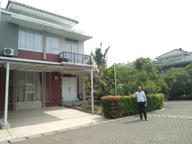 Rumah asri lingkungan nomor one, Galaxy, Bekasi