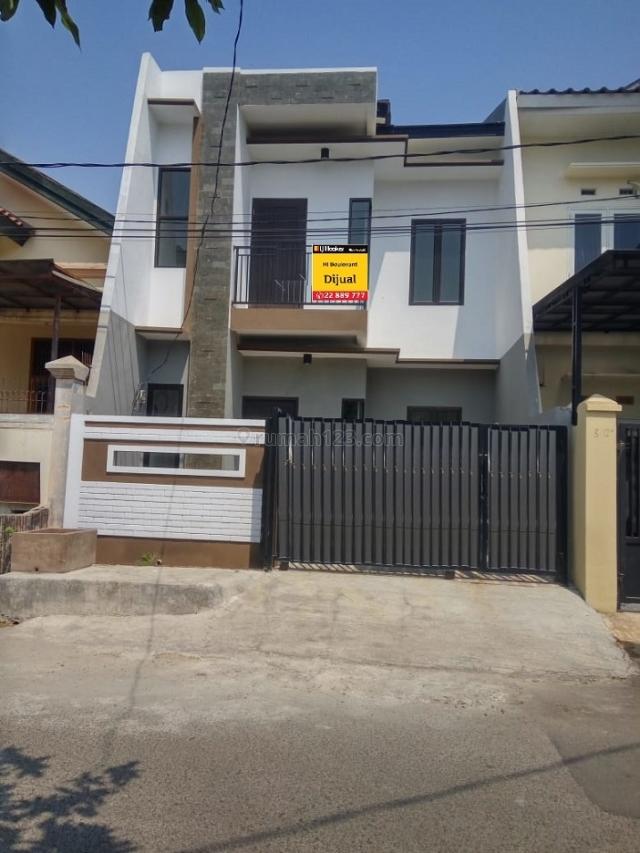rumah mewah desain minimalis siap huni di boulevard hijau, Harapan Indah, Bekasi