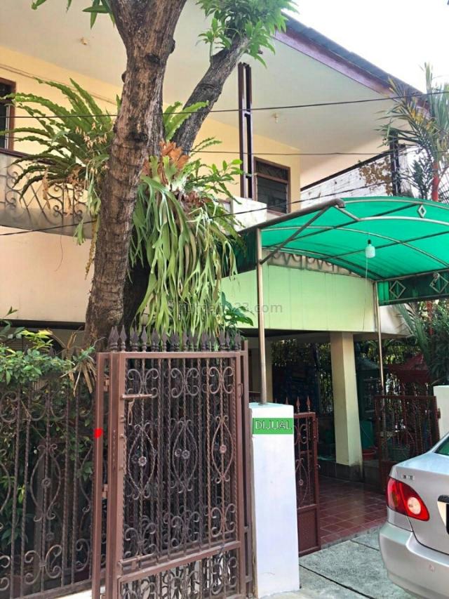 Rumah Second 2 lantai di Bekasi,Jabar, Jatiwaringin, Bekasi
