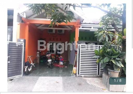 Rumah Bagus Rapi Nyaman di Bekasi, Mustikajaya, Bekasi