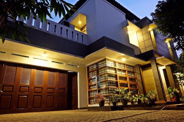 Rumah Mewah bagus di Jagakarsa Jakarta Selatan, Jagakarsa, Jakarta Selatan