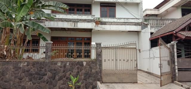 Rumah kokoh Bukit Cinere Indah, hitung tanah, Cinere, Jakarta Selatan