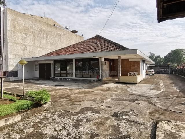 RUMAH DI LINGKUNGAN KOMERSIL JL SILIWANGI BOGOR, Sukasari, Bogor
