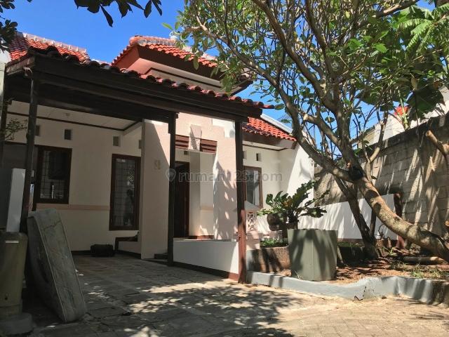 [8BB034] DIKONTRAKKAN di Pemukiman Asri Nuansa Bali Depan Taman, Cireundeu, Tangerang