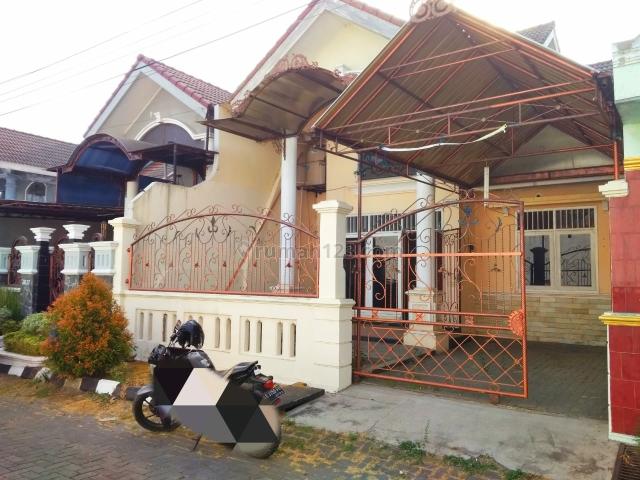 rumah second di perumahan cluster 1,5 lantai, Solo Baru, Solo