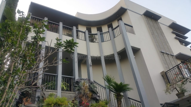 rumah luxury dago bandung, Dago, Bandung
