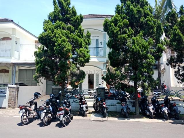 Rumah Singgasana Siap Pakai, Cibaduyut, Bandung