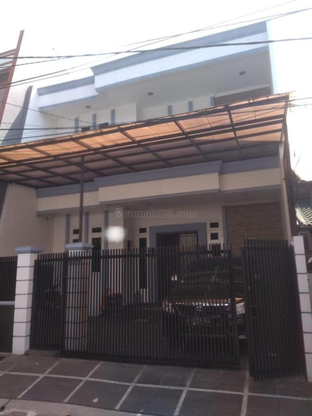 Rumah di Kosambi Baru ,Uk. 8x16.5 , 2 1/2 Lantai, Renov ,SHM , Duri Kosambi, Jakarta Barat, Duri Kosambi, Jakarta Barat