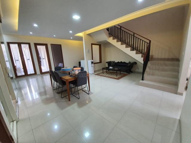2050/Rumah bagus dan terawat di Ciganjur, Ciganjur, Jakarta Selatan