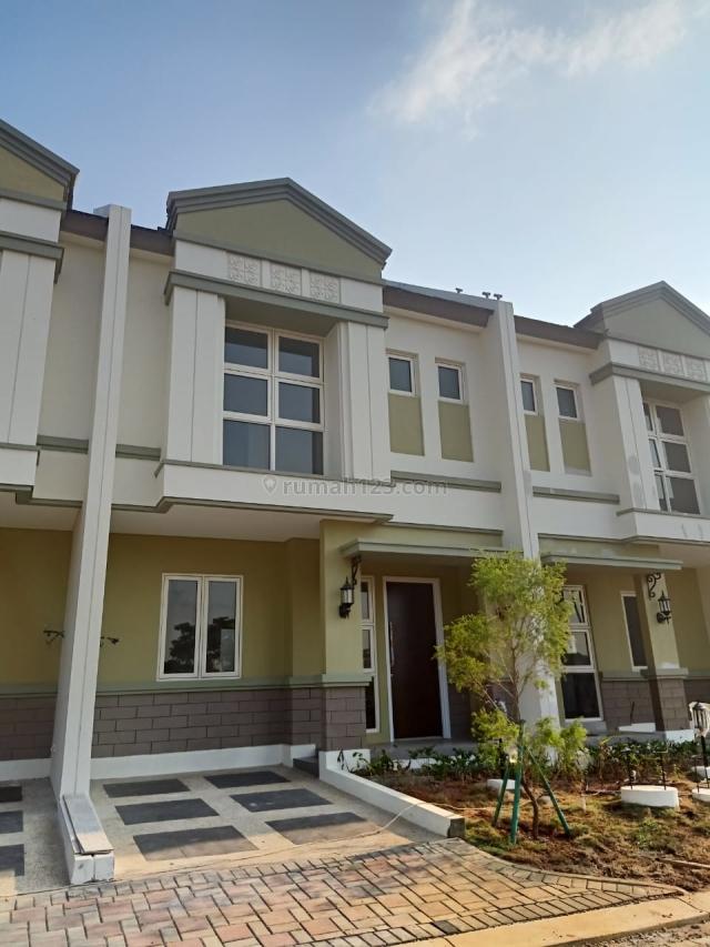 Rumah di savia bsd (ev), BSD Nusaloka, Tangerang