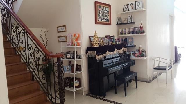 Rumah cantik dan Full furnish, Pantai Indah Kapuk, Jakarta Utara