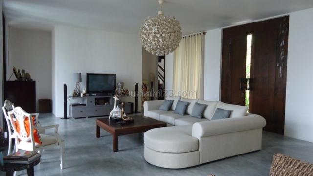Modern Villa With Rice Field View in Renon, Renon, Denpasar