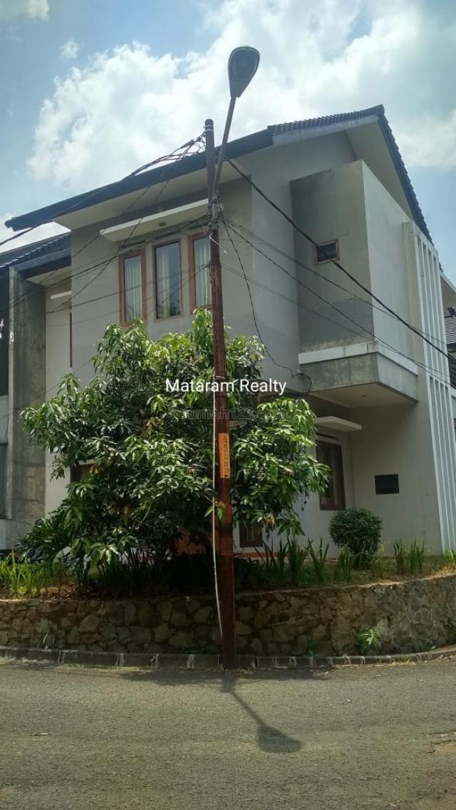 Rumah Homey Dalam Cluster Exclusive Geger Kalong, Geger Kalong, Bandung