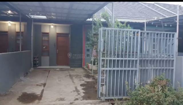 Rumah minimalis di cisaranten alihan antapani, Arcamanik, Bandung