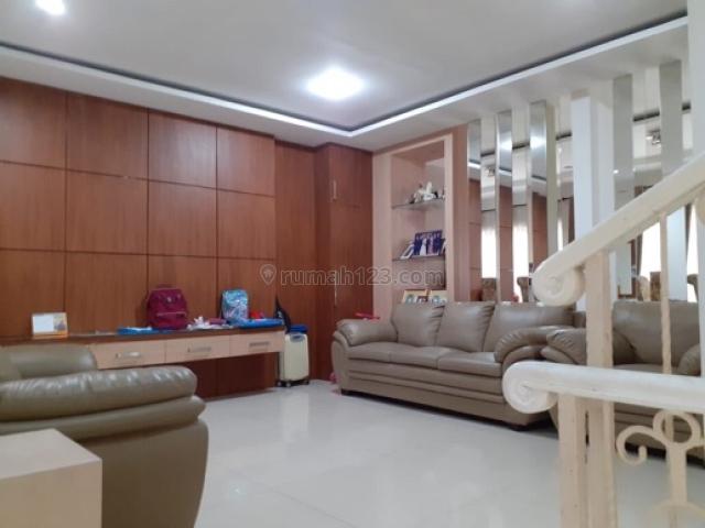 Rumah Akasia Golf uk 8x18, Full Bangunan, Rapi, Pantai Indah Kapuk, Jakarta Utara, Pantai Indah Kapuk, Jakarta Utara
