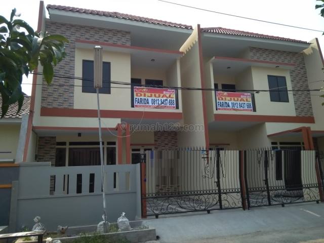 Rumah Tingkat Hadap Timur di Boulevard Hijau (71174) CPRO, Harapan Indah, Bekasi