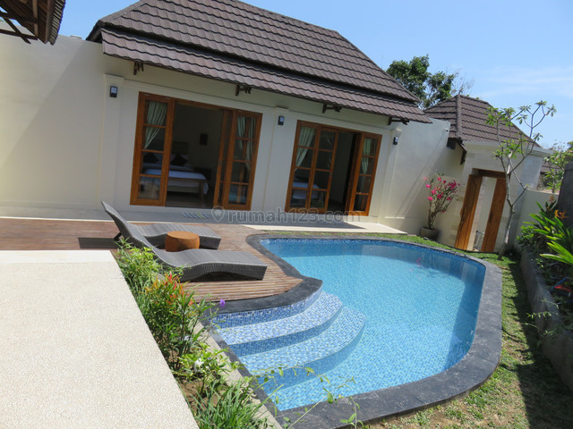 Villa Freehold 350 Sqm in Bukit, Bukit, Badung