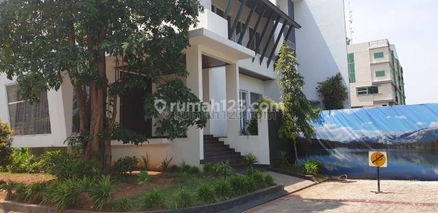 RUMAH MEWAH PIK MINIMALIS 3 LANTAI HOEK SEL TIM, Pantai Indah Kapuk, Jakarta Utara