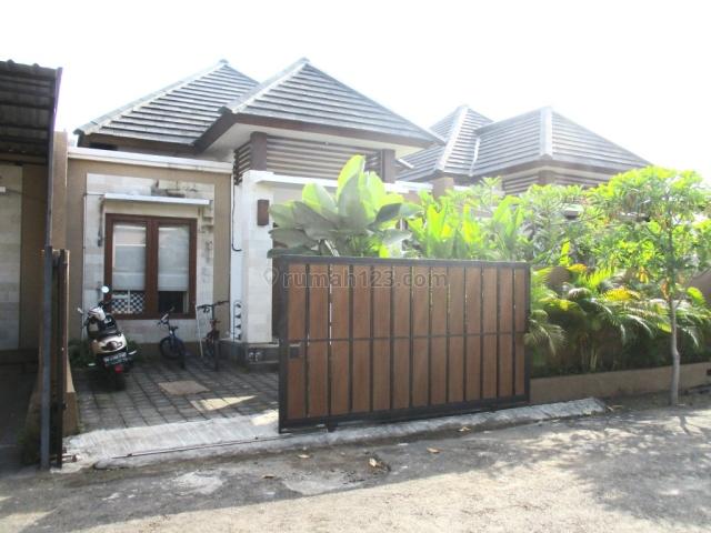 Rumah / Modern House with 24 hours security at Jimbaran, Jimbaran, Badung