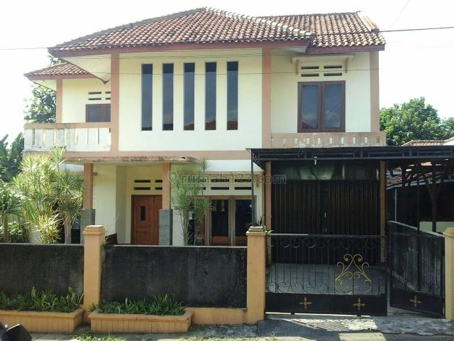 Rumah di Tengah Kota, di Telaga Bodas, Semarang, Tlaga Bodas, Semarang