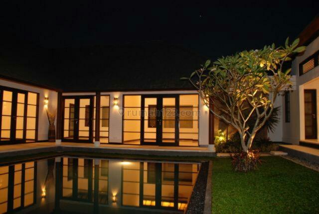Villa luxury super murah siap Huni Di Tegal Cupek -Bumbak umalas kerobokan kelid Badung Bali, Kerobokan Kelod, Badung