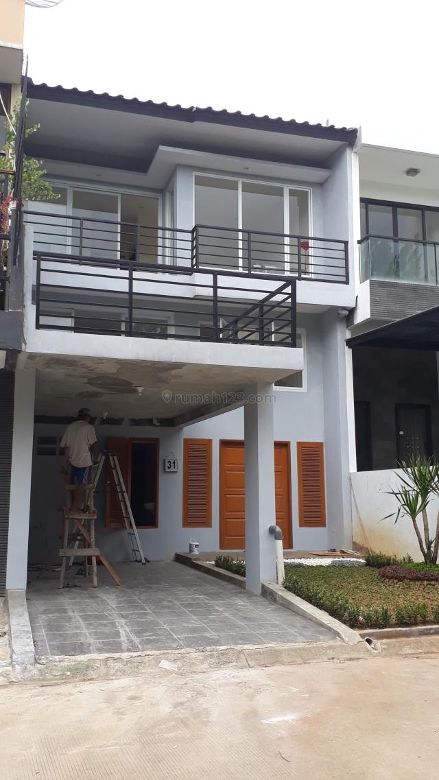 Rumah Minimalis Siap Huni Depan Green Area Sentul City, Bogor (Kolam Renang), Sentul City, Bogor