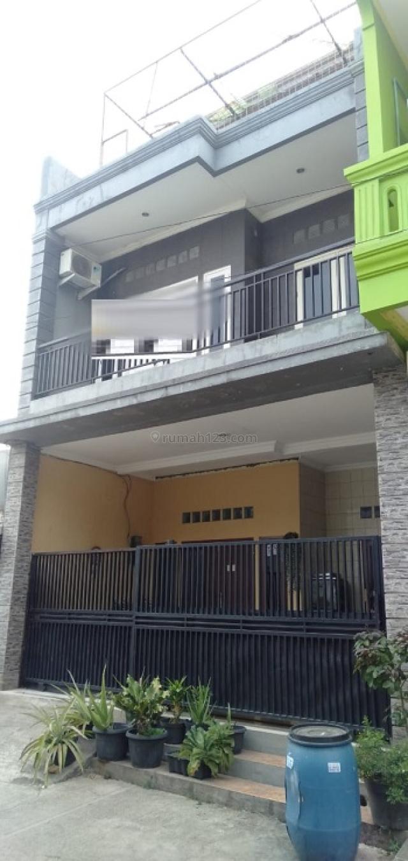 Masih Di Bawah 1 M!! Rumah Mewah 3 Lantai Siap Huni!! Di Pejuang Jaya (71195)RC, Pejuang, Bekasi