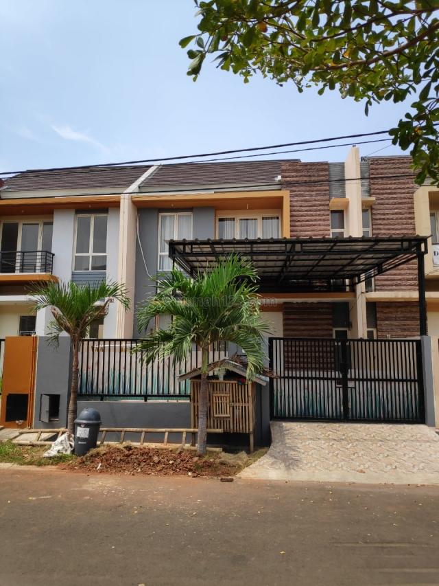 Rumah 2 Lt Full Renov Lokasi Jalan Utama Lepas Cepat Cluster Ifolia Harapan Indah Bekasi, Harapan Indah, Bekasi