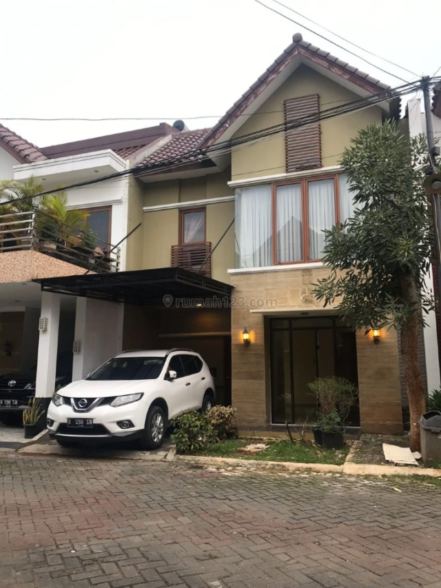 Rumah 2 Lantai Jatiwaringin Harga Terbaik Cepat Dapat, Jatiwaringin, Bekasi