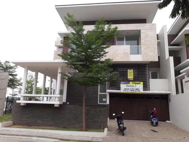 Rumah 2.5 lantai di Citra Garden 8, Jakarta Barat, Kalideres, Jakarta Barat