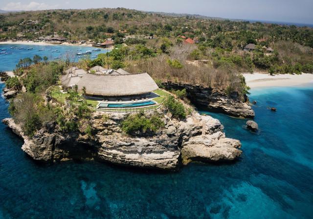 Absolute Oceanfront Luxury Designer Commercial Villa, Klungkung, Badung